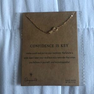 Confidence is key dogeared necklace brand new